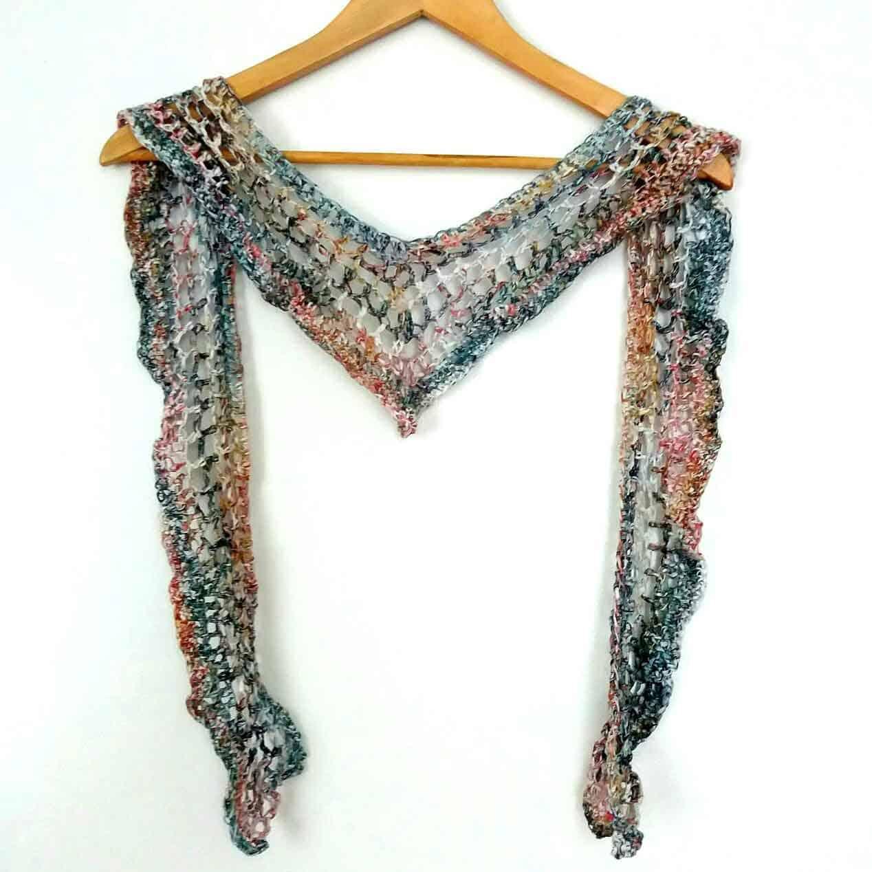 shawl-in-hanger